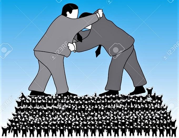 政治の本質は闘争である